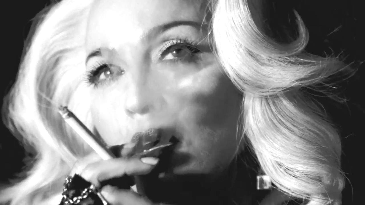 Madonna erotica 1993 - 4 1
